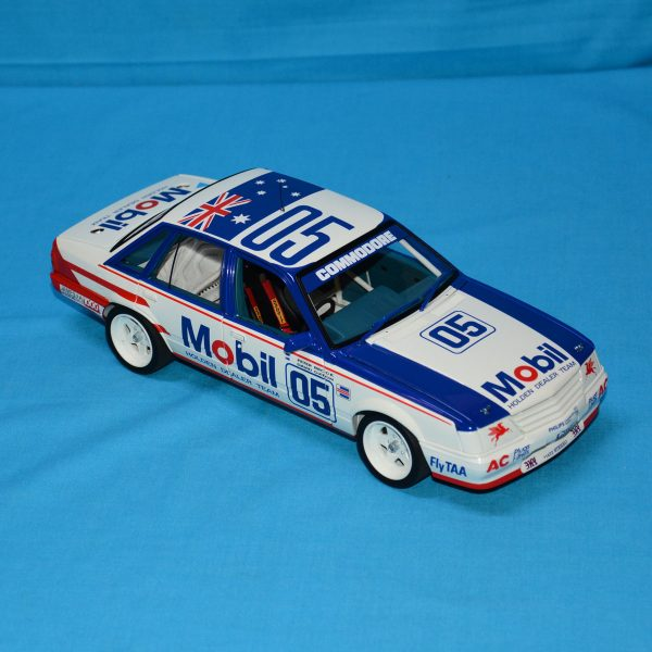 1:18 Classics - 1985 Bathurst - Holden VK Commodore - Brock