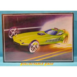 1:25 AMT - Digger 'Cuda Dragster Model Kit(602)