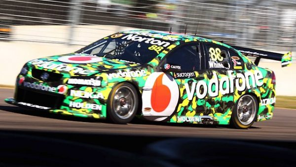 1:43 2011 Townsville 400 Team Vodafone - Whincup