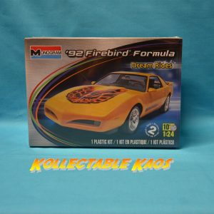 1:24 Monogram - 1992 Firebird Formula Plastic Model Kit(85-4012)