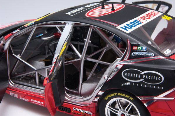 1:18 2014 Holden VF Commodore COTF - #14 Fabian Coulthard - Lockwood Racing