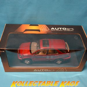 1:18 AutoArt - Toyota Harrier - Red