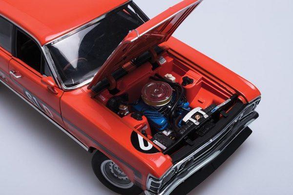 1:18 1969 Sandown Winner- Ford XW Falcon GTHO -889698147415 Moffat/French