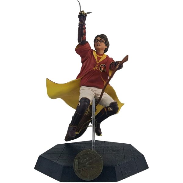 ICH1263 Harry Potter Harry Quidditch Outfit PVC Statue 1 600x600 - Harry Potter and the Chamber of Secrets - Harry Potter Quidditch 17.5cm PVC Statue