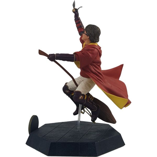 ICH1263 Harry Potter Harry Quidditch Outfit PVC Statue 2 600x600 - Harry Potter and the Chamber of Secrets - Harry Potter Quidditch 17.5cm PVC Statue