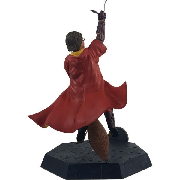 ICH1263 Harry Potter Harry Quidditch Outfit PVC Statue 3 600x600 - Harry Potter and the Chamber of Secrets - Harry Potter Quidditch 17.5cm PVC Statue