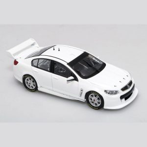 B43H14W Holden VF Plain Body White 1 300x300 - 1:43 Biante - Holden VF Commodore - Plain Body White