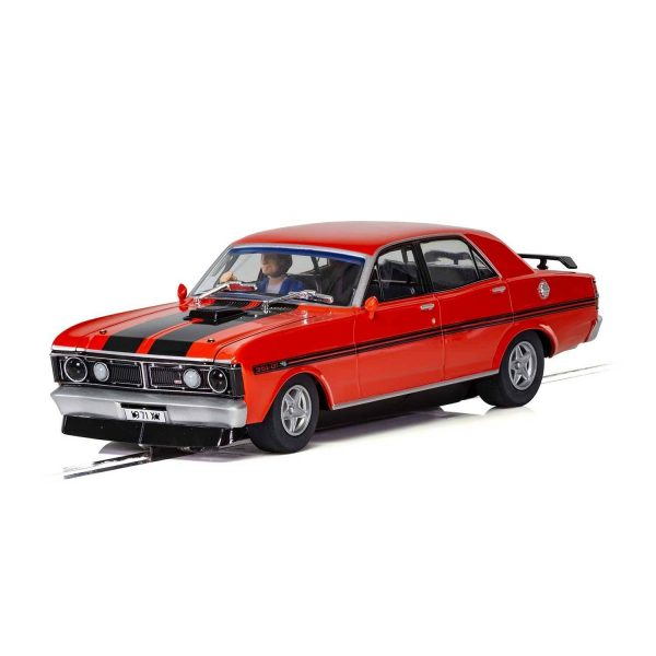 c3937 Ford XY Falcon 1 600x600 - 1:32 Scalextric - 1970 Ford XY Falcon - Candy Apple Red (C3937)