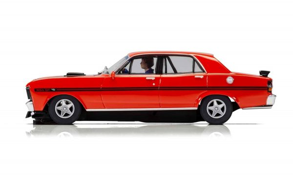 c3937 Ford XY Falcon 2 600x375 - 1:32 Scalextric - 1970 Ford XY Falcon - Candy Apple Red (C3937)