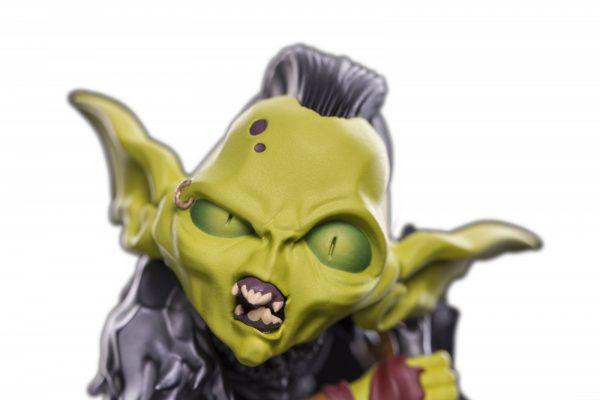 WETA72525 LOTR mini epics moria orc statue 3 600x400 - Lord of the Rings - Moria Orc Mini Epic Vinyl Statue