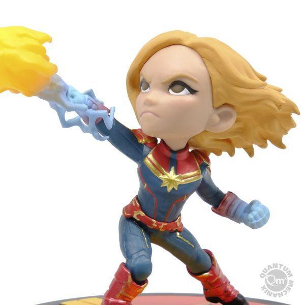 "QMXMVL 0041 Captain Marvel Captain Marvel Q Fig Diorama 2 600x600 - Captain Marvel (2019) - Captain Marvel Q-Fig 10cm(4"") Vinyl Figure"