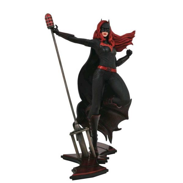 "DSTMAR192440 Batwoman TV PVC Statue 600x600 - Batwoman (2019) - Batwoman DC Gallery 22cm(9"") PVC Diorama Statue"