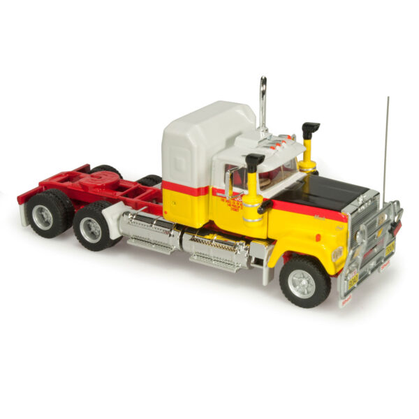 1:64 Shell Tanker Road Train