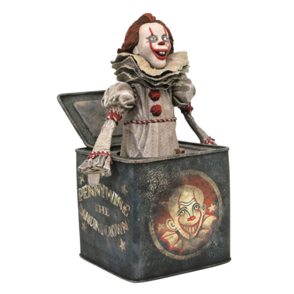 """It: Chapter 2 - Pennywise in a box Gallery 22cm(9"""") PVC Diorama Statue"""