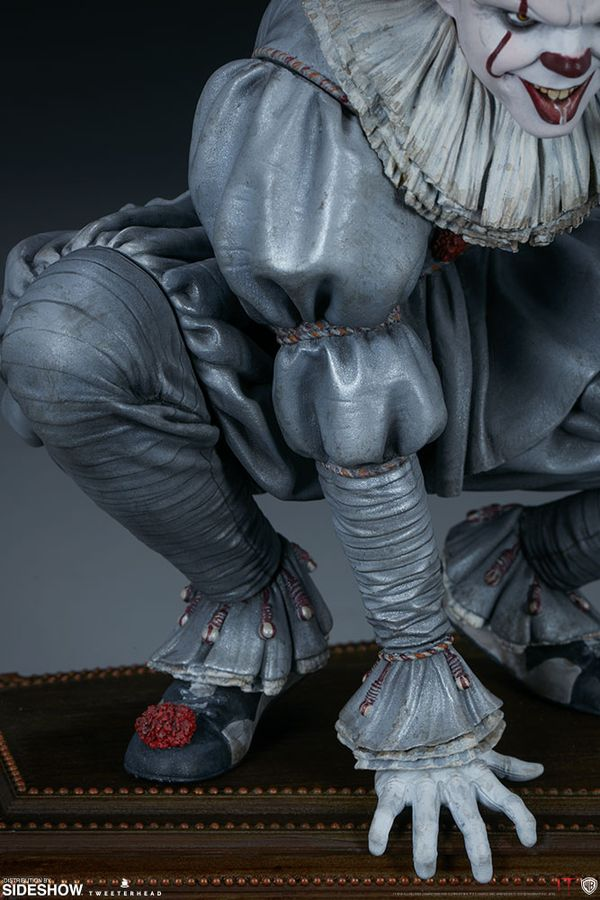 """It (2017) - Pennywise 32cm(13"""") Maquette Statue"""