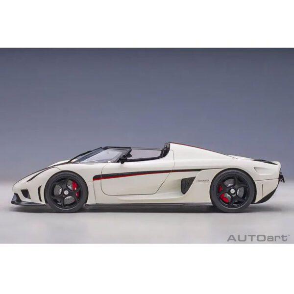 1:18 AutoArt - Koenigsegg Regera - White/Black Carbon with Red Accents