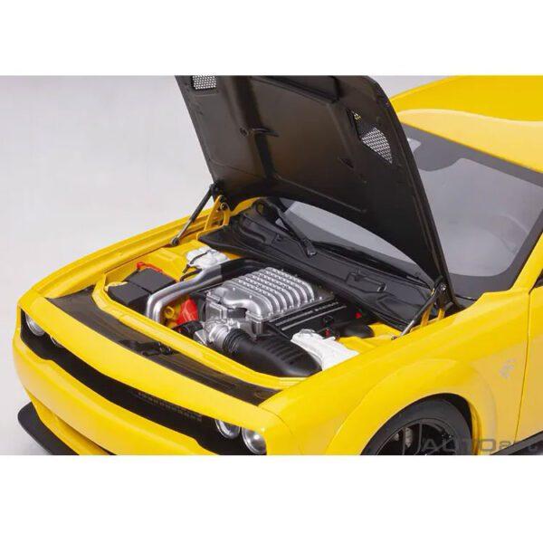 1:18 Dodge Challenger SRT Hellcat Widebody - 2018 - Yellow Jacket/Satin Black