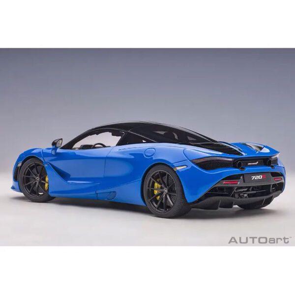 1:18 AutoArt - McLaren 720S - Paris Blue