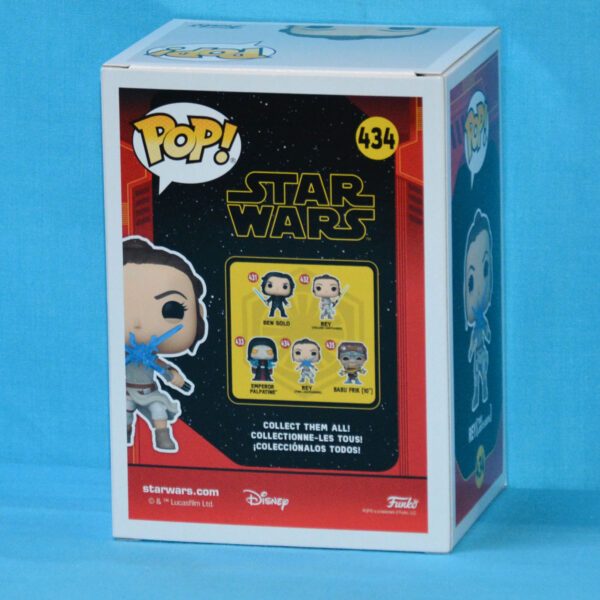 Star Wars Episode IX - Rey with Two Lightsabers Pop! Vinyl Figure