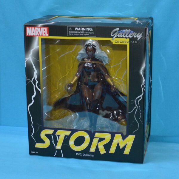 """DSTNOV201955 X Men Storm Gallery PVC Statue 3 600x600 - X-Men - Storm 28cm(11"""") Marvel Gallery PVC Statue - Damaged box"""